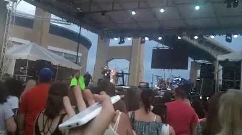 Laura marano introducing r5 at kiss the summer hello