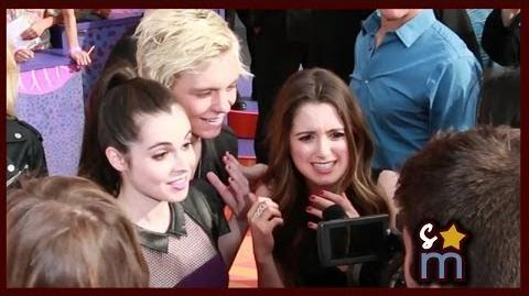 R5, Vanessa & Laura Marano Say Hi on Kids Choice Awards Orange Carpet 2014