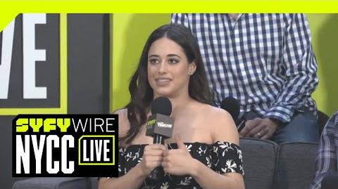 Roswell New Mexico Cast Talk New Series - NYCC 2018 - SYFY WIRE