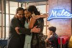 RNM 2.01 Arturo Liz Maria hug