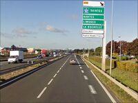 Sortie de la D611 à l'est de Niort