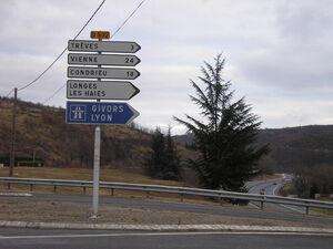 D502 carrefour D488
