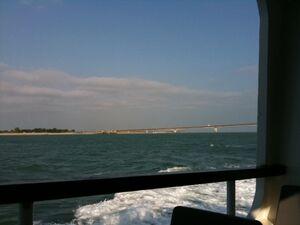 Pont de l'île de Ré vu de loin