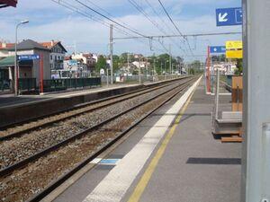 Voies de la gare de St Jean de Luz