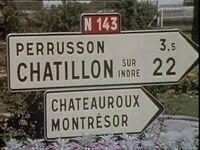 Ancien panneau sur la RN 143 à 3,5 km de Perrusson