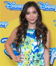 Rowan-blanchard-ben-savage-girl-meets-world-spain-01