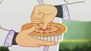 S3E1 - thumb in a pie