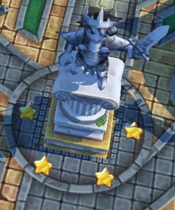 Platina Statue