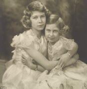 Elizabeth and Margaret as children