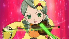 Kanaria and her violin