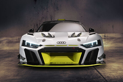 R8 LMS GT2 (1)