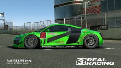 R8 LMS SB Edition Side