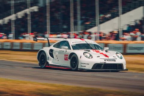 2019 Porsche 911 RSR (3)