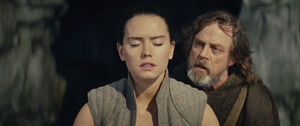 Rey and Luke First Lesson TLJ