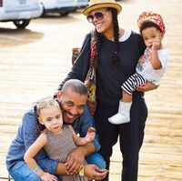Cree Summer Angelo Pullen and their kids