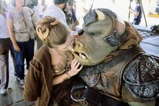 Carrie Fisher and guerd