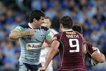 Michael Ennis fights Cameron Smith