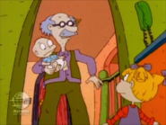 Rugrats - Angelica Orders Out 363