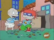 Rugrats - Chuckie Collects 200