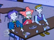 Rugrats - Grandpa Moves Out 385