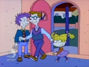 Rugrats - Grandpa Moves Out 111