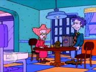 Rugrats - Spike Runs Away 187