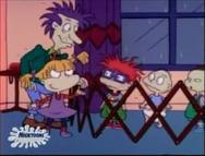 Rugrats - Chuckie Loses His Glasses 13