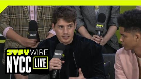 The Cast Of Marvel's Runaways On Season 2 NYCC 2018 SYFY WIRE