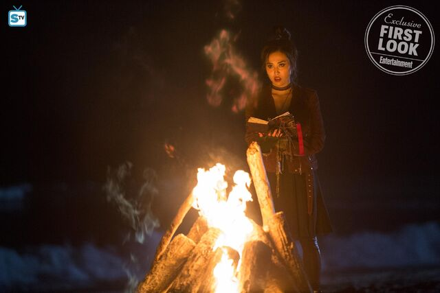 File:Runaways First Look Nico Minoru.jpg