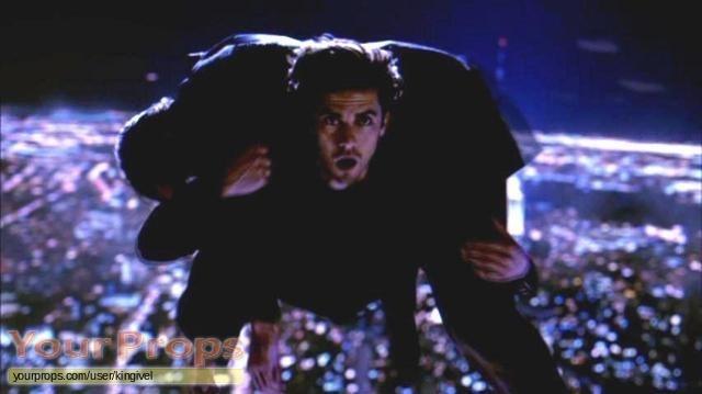 File:Heroes-Peter-Petrelli-Milo-Ventimiglia-Screen-Worn-Season-1-Shirt-Flying-Coat-3.jpg