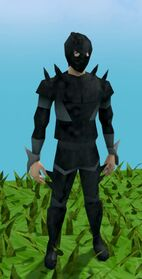 Superior spined armour set equipped