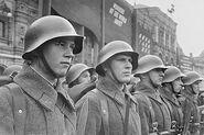 320px-Soldaten rote armee
