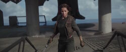 Jyn-erso heading to realign the dish