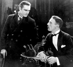 Holmes Watson 1922