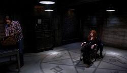 Rowena gefangen im Bunker