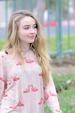 Sabrina Carpenter 2015 (2)