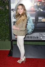 Sabrina Carpenter Bad Hair Day Premiere2