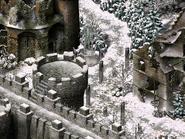 Монастырь серафимов, статуя серафима юг 4