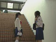 Usagi i Ami przy schodach PGSM - act2