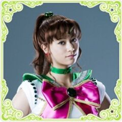 Yuu Takahashi como Sailor Jupiter