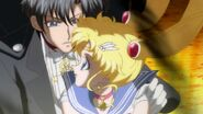 Sailor moon crystal act 25 mamoru apologizes for making out with his daughter-1024x576
