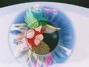 Isack reflejado en los ojos de Hyoga