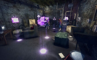 Red Light Loft - Cheap - room looking in