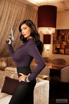 Ultor Exposed Tera promo - left with pistol