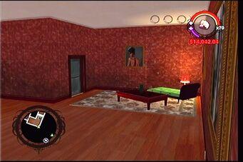 Raykins Hotel - red bedroom