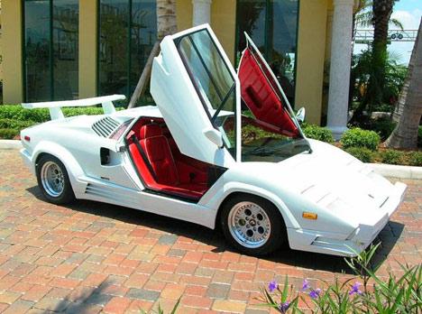 File:Superiore - real life Lamborghini Countach.jpg