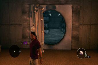 3 Count Casino - safe door