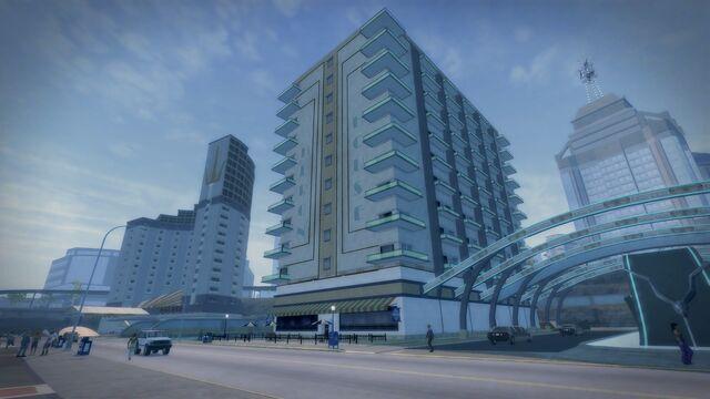 File:Heron Hotel full exterior from ground.jpg