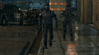 SWAT members walking in Saints Row The Third