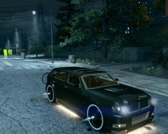 Hammer with kneecappers in Saints Row The Third - front left